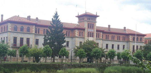 Huelga indefinida, a partir del 18 de marzo, de los vigilantes del cuartel de Loyola de Donostia por impagos salariales
